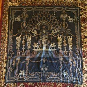 Ellen Tracy Greek goddess scarf black gold